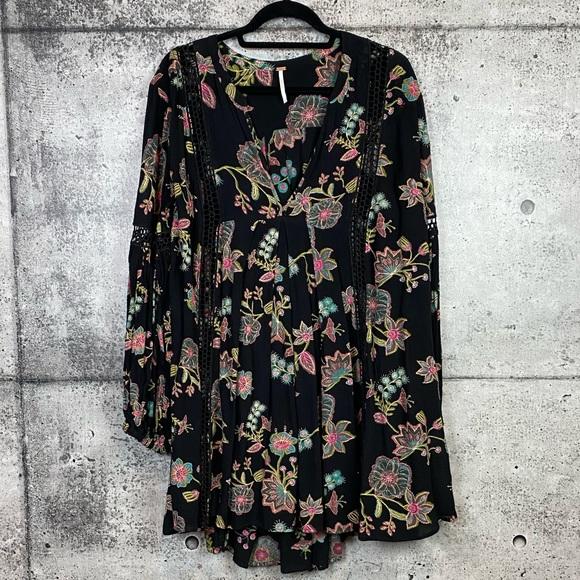 Free People // Black Floral Tunic Dress Size L